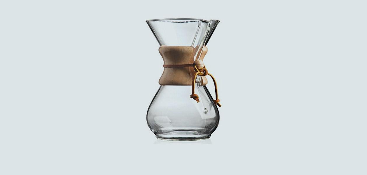 Kaffee mit Chemex-Karaffe und Hario Buono zubereiten